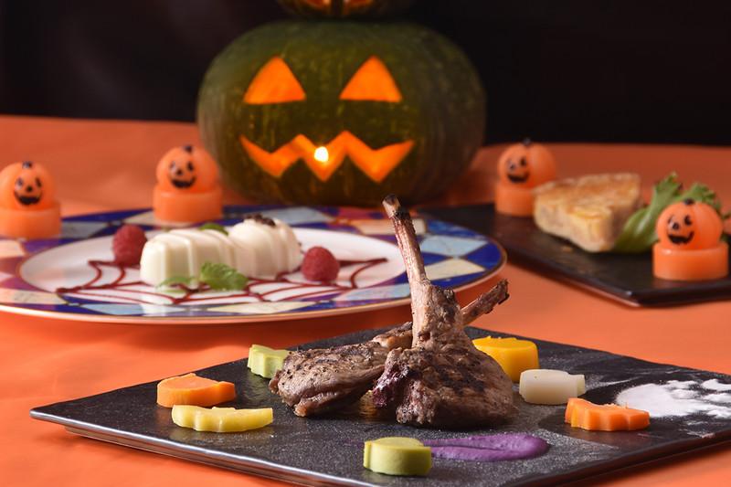 Halloweencoace1200x800
